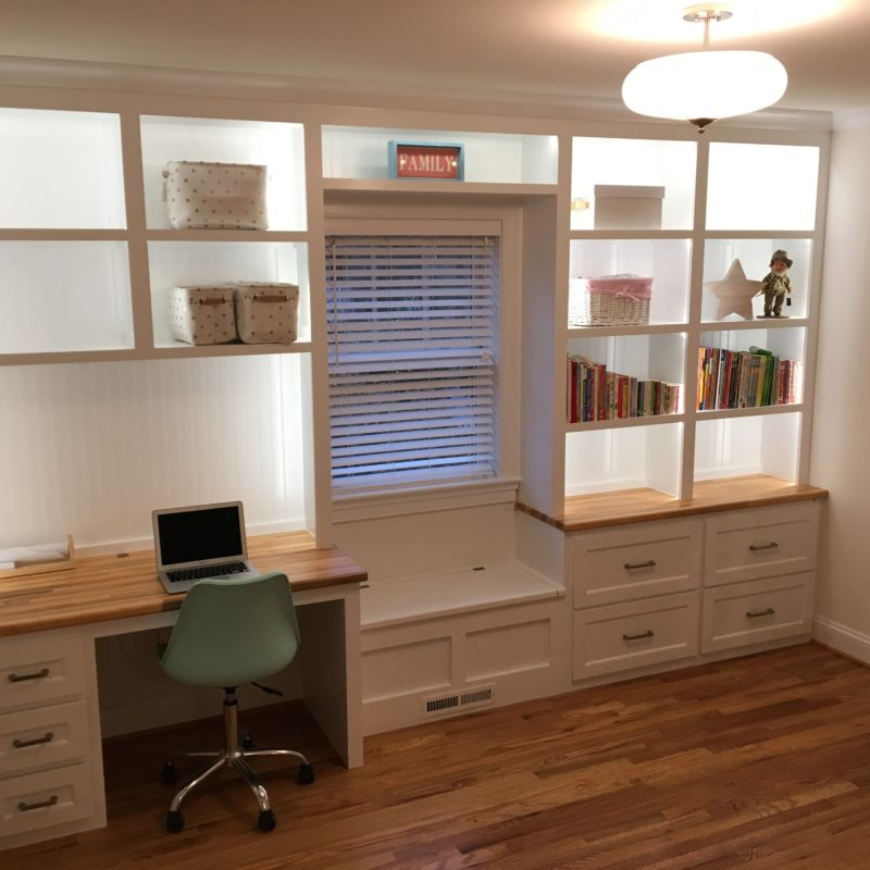 Before/After :: Converting the Playroom to a Part-Time Home Office!
